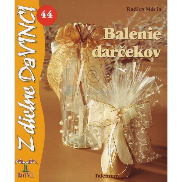 Balenie darčekov (Mária Radics)